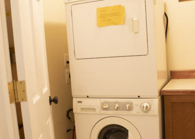washer dryer exec apartment